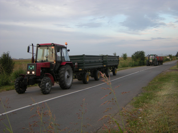 Preticanje traktora preko pune linije više nije prekršaj