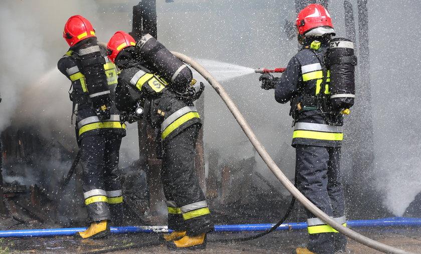 W Gdyni Wielkim Kacku doszczętnie spłonęło mieszkanie