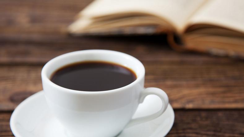 """O najciekawszych faktach ze świata kawy opowiada Wojtek Szelągowski - przedstawiciel firmy specjalizującej się w kawie i ekspresach do kawy - """"Przyjaciele Kawy"""""""