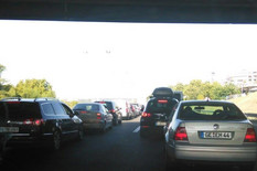 Gužva na auto-putu, kolona vozila od Medaka
