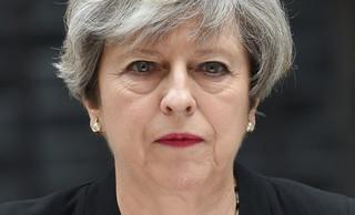 Theresa May: Policja zna tożsamość zamachowca z Manchesteru