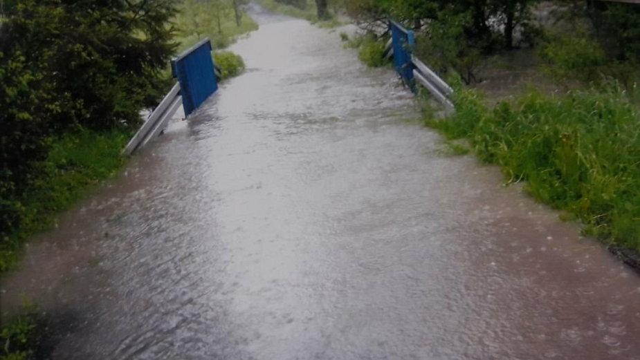 Światełko w tunelu. Woda z potoku nie będzie już zalewać posesji?