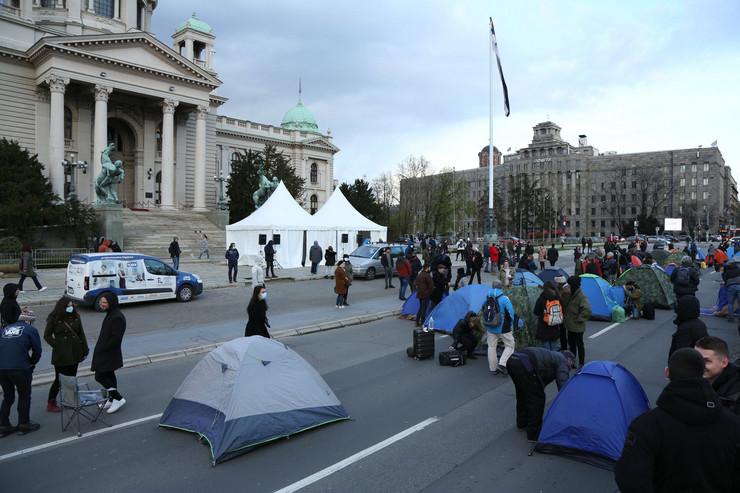 Protest frilenseri Skupština