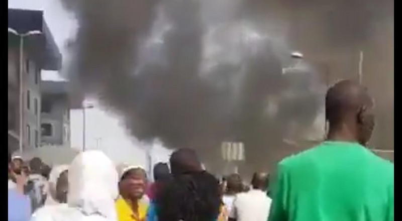 2 injured as fire razes building near Tejuosho market in Lagos