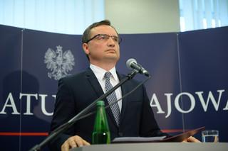 Brat Zbigniewa Ziobro pracuje w Pekao SA. Kowalczyk: To nie jest dobry standard