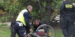 Rowerzysta chciał strzelać do policjantów