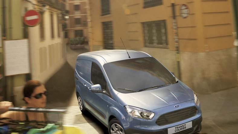 """Ford obwieścił światu, że jego wielozadaniowy trasit doczekał się młodszego i mniejszego brata - oto w czasie targów samochodów użytkowych w Birmingham zadebiutował nowy """"miniaturowy"""" transit courier. Zdaniem konstruktorów ma sprawdzić się wyśmienicie przy dowolnej robocie..."""
