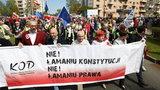 """Manifestacja KOD w Gdańsku. Mówią: """"Nie! Łamaniu Konstytucji"""""""