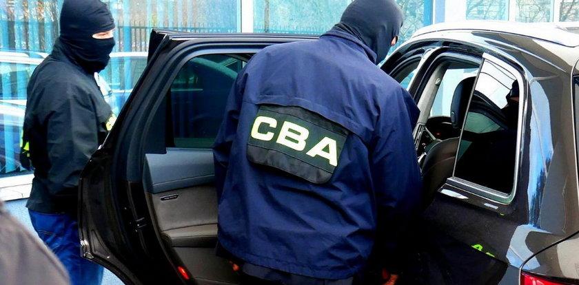 B. asystent bliskiej współpracownicy Tuska zatrzymany