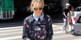 Stylizacja dnia: Taylor Shilling w bluzce w kwiatki