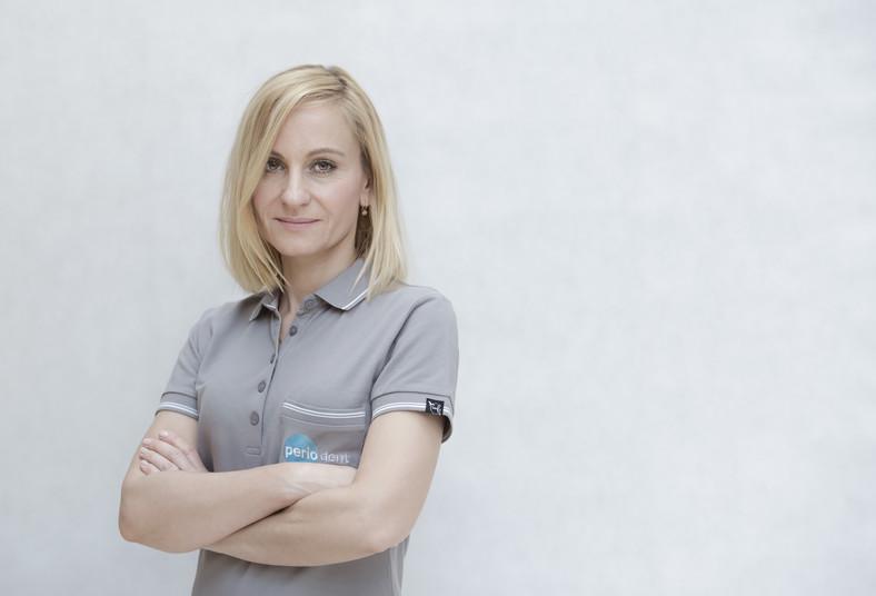 Lek. stom. Monika Stachowicz z Centrum Leczenia i Profilaktyki Paradontozy Periodent w Warszawie