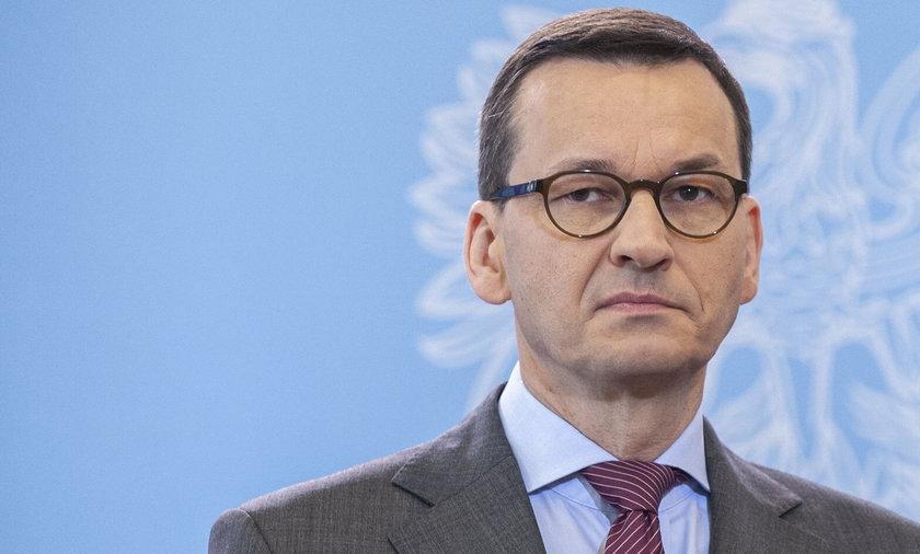 Rząd premiera Mateusza Morawieckiego nie wykluczył wprowadzenia stanu nadzwyczajnego.