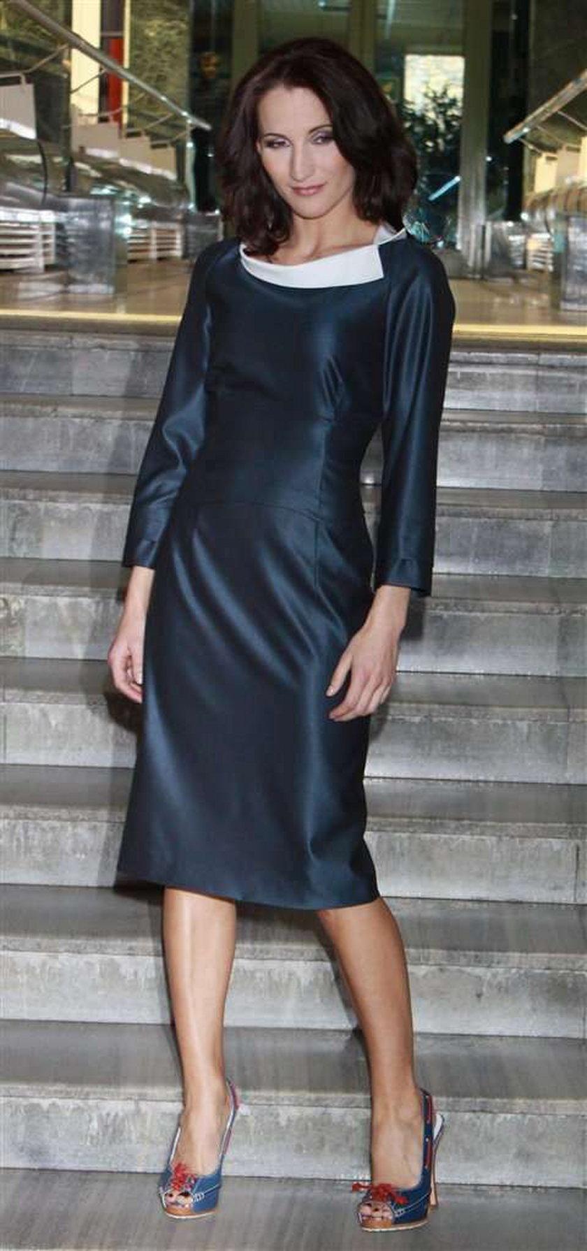 Zobacz od jakich projektantów sukienki ma Steczkowska
