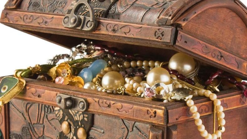 Szczęściarz znalazł bajeczny skarb sprzed 650 lat!