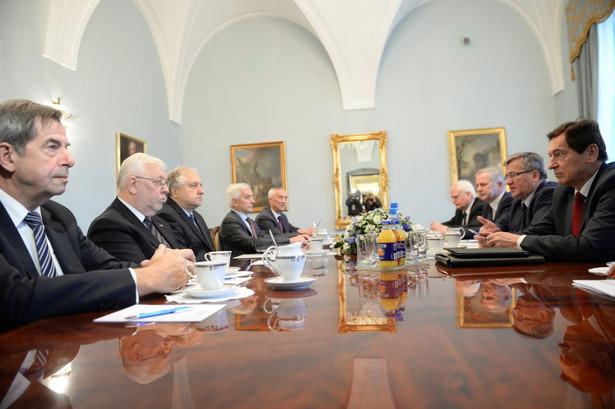 Na wczorajszym spotkaniu prezydenta z obecnym i byłymi prezesami TK dyskutowano o możliwościach zmian w prawie wyborczym