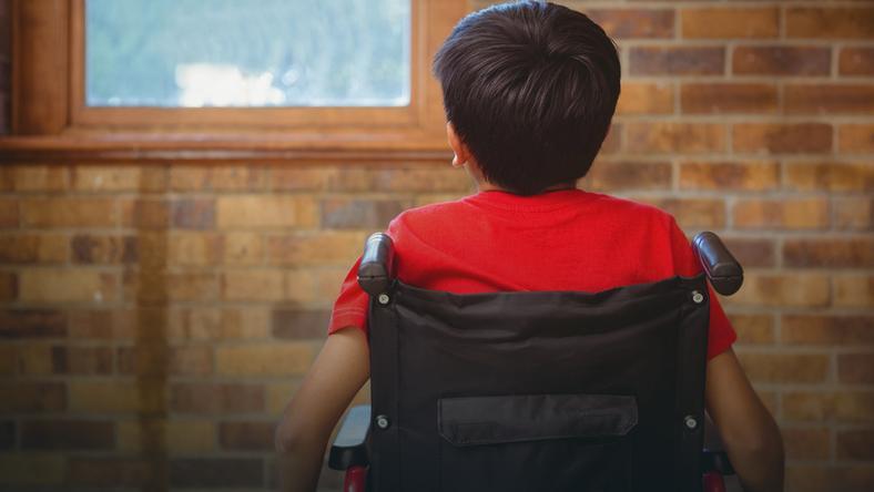 Jakie są prawdziwe koszty wychowania i utrzymania dziecka z upośledzeniem?