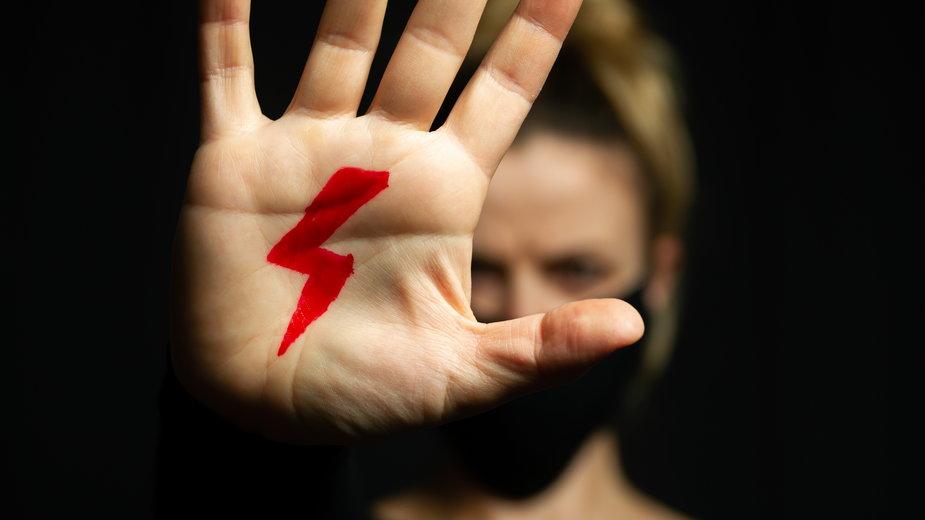 Strajk Kobiet. Jak się przygotować do demonstracji?