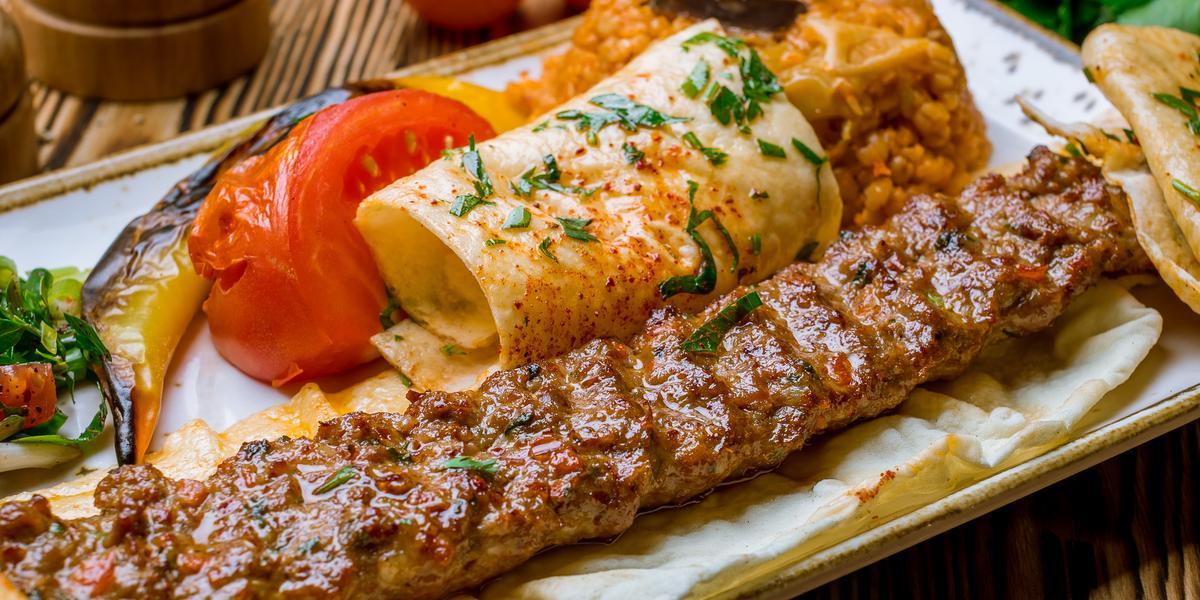 Kebab - charakterystyka, kalorie, rodzaje, wskazówki..