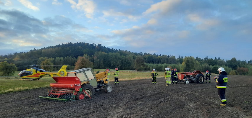 Groza pod Kielcami. 70-letni rolnik zginął na polu w strasznym wypadku