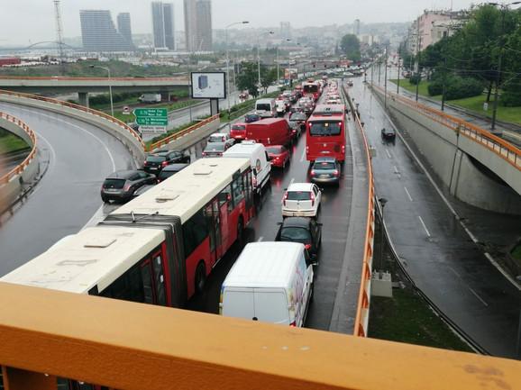 Mostarska petlja ka Savskoj ulici
