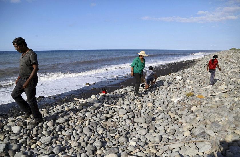 Poszukiwanie szczątków samolotu na wyspie Reunion