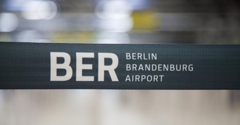 Lotnisko Berlin-Brandenburg miało być głównym lotniskiem dla stolicy Niemiec i hubem dla Air Berlin. Planowano otworzyć je w 2012 roku