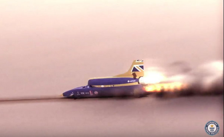 681295_bloodhound-foto-youtube-guinness-world-records-copy