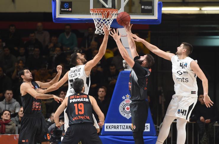 KK Partizan, KK Valensija
