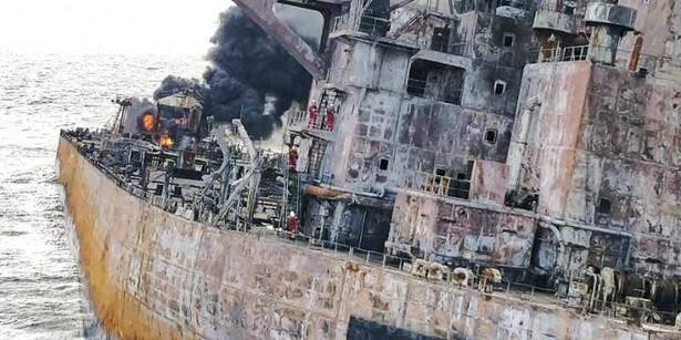 Tankowiec Sanchi jeszcze przed zatonięciem