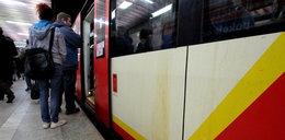 Pasażerowie SKM jeżdżą w brudzie