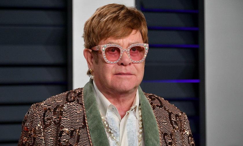 """Elton John """"odrzuca"""" rosyjską cenzurę"""