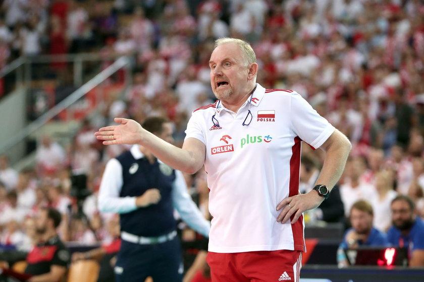 Reprezentantki Polski w siatkówce zbuntowały się przeciwko trenerowi Jackowi Nawrockiemu