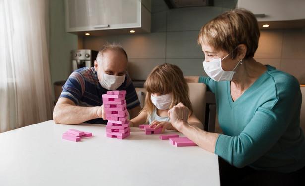 Rodzina w czasie kwarantanny