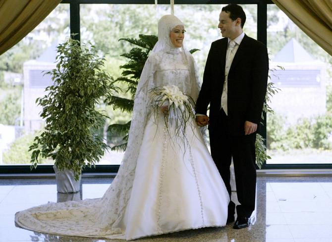 Ezra Erdogan Albajrak na svom venčanju