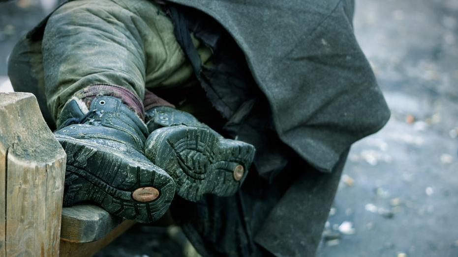 A hajléktalanok kiszolgáltatott helyzetben vannak Szegények értelmetlen halála fagyban