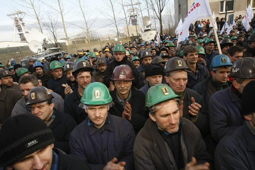 Górnicy z JSW stracą swoje przywileje?
