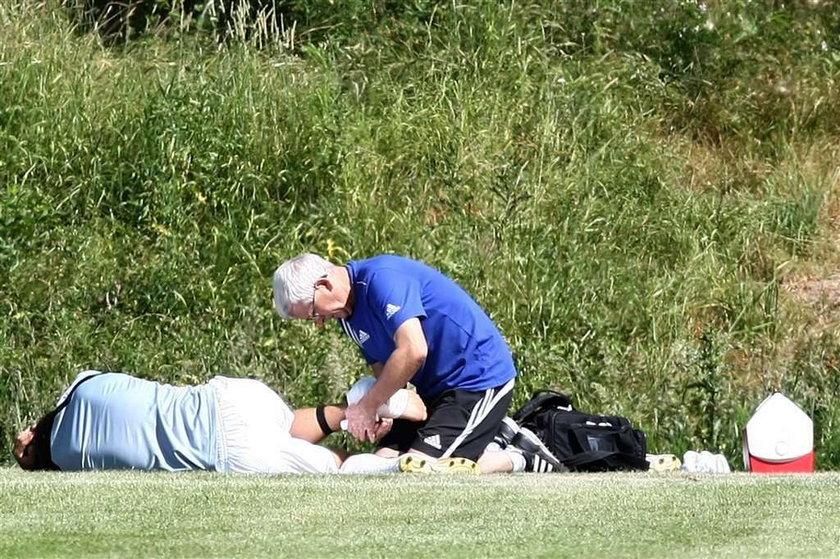 Piłkary GKS uszkodził staw skokowy w czasie sparingu