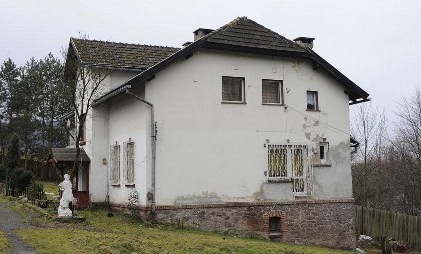 Komornik w domu Villas
