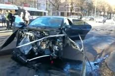 SUDARIO SE SA POLICIJSKIM AUTOMOBILOM POD ROTACIJOM Bivši fudbaler Zvezde doživeo strašnu saobraćajnu nesreću u Torinu /UZNEMIRUJUĆI VIDEO/