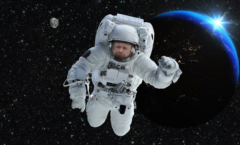 Błaszczak rusza na podbój kosmosu!