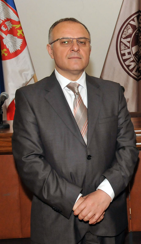 Rektor Dragan Antić