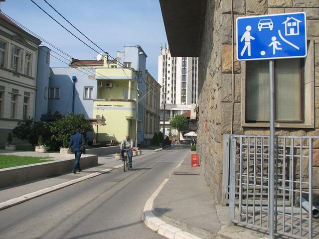 """""""Čuveni"""" saobraćajni znak"""