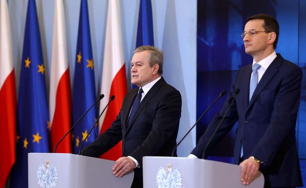 """Jak mówił, jest to najnowsza technologia, którą Amerykanie sprzedają tylko Polsce. """"To jest dowód na naszą bliską sojuszniczą solidarność, że Amerykanie ufają Polsce"""" - oświadczył."""