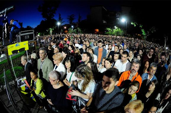 Oko 5.000 ljudi je došlo da čuje virtuoza na violini