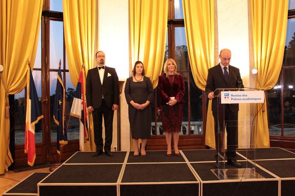 Dobitnici ordena sa francuskim ambasadorom
