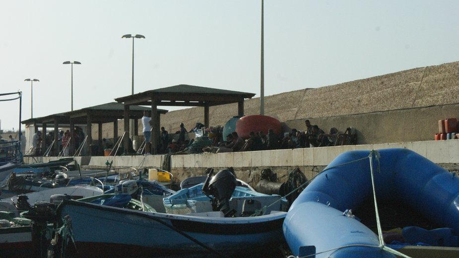 Nowoprzybyli migranci na Lampedusę