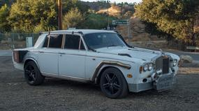 Szalony Hot-Rod zbudowany na zabytkowym modelu Rolls Royce'a