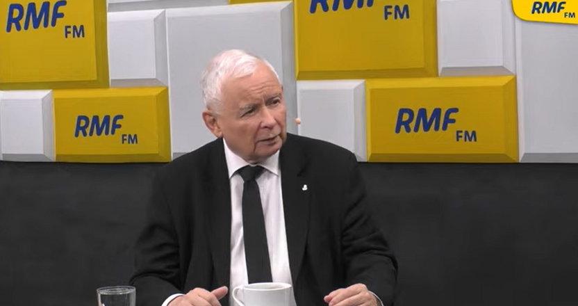 """Kaczyński pytany o drożyznę oskarżył o """"cwaniactwo"""" zyskowne firmy. Za PO chciał dusić ceny obniżką akcyzy, a dzisiaj mówił do Ziemca: Nie, nie, nie!"""