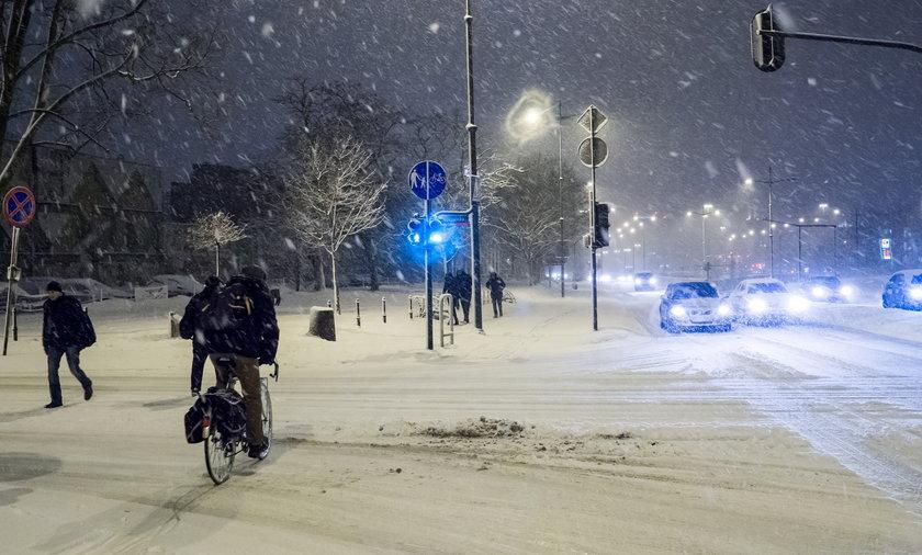Pogoda wariuje. W dzień śnieg będzie topniał, ale w nocy...