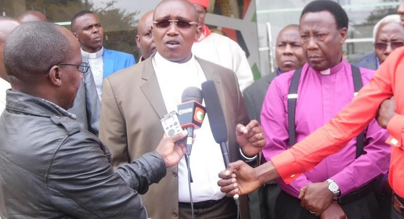 File image of Gakuyo addressing the press flanked by other religious leaders